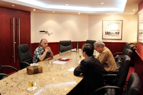 国际同声传译权威丹尼尔·格隆先生访问我司并出任高级顾问